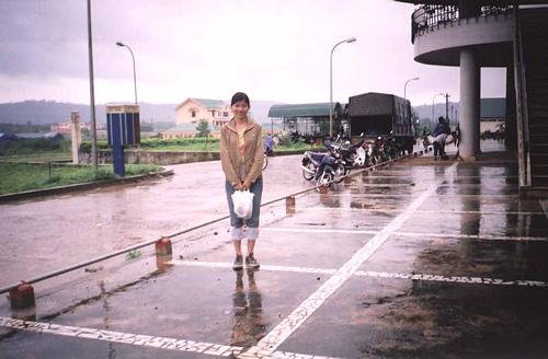 Hình bài viết Shopping tại cửa khẩu Lao Bảo