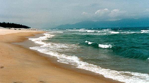 Những con sóng xô bờ